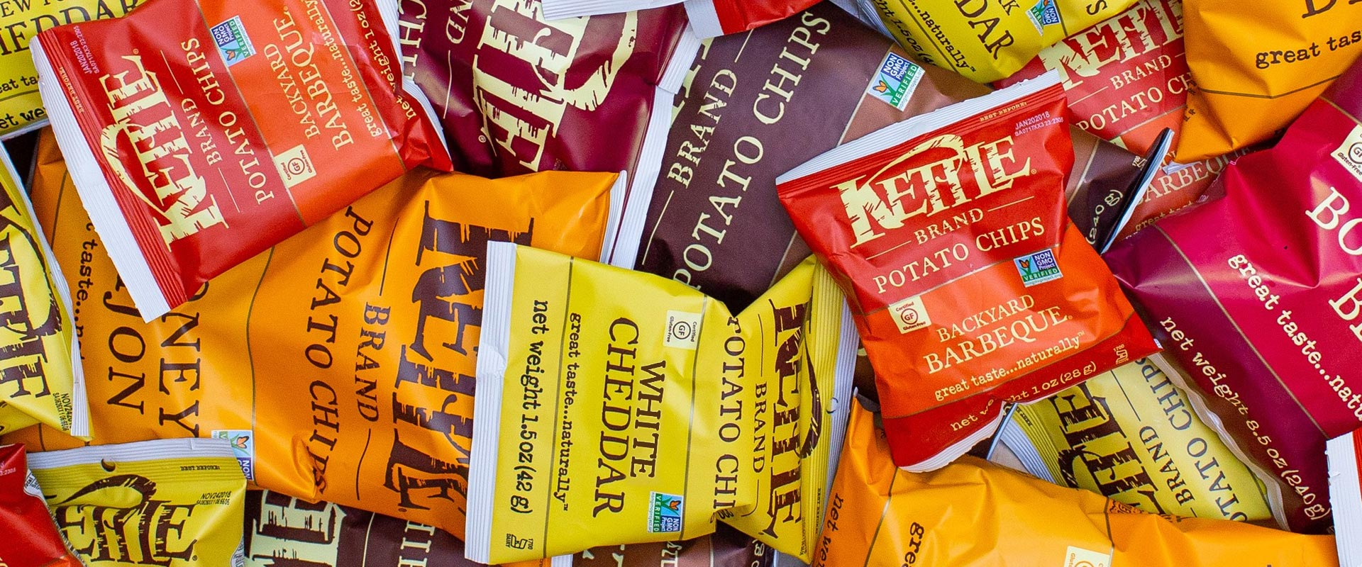 News_Kettle-Brand-Potato-Chips-White-Cheddar-New-Flavour_Banner